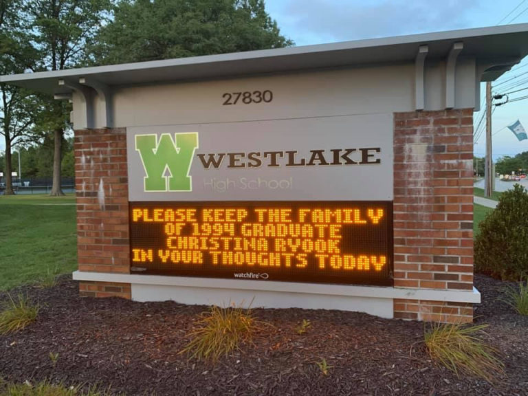 2020-911_westlakehs-sign
